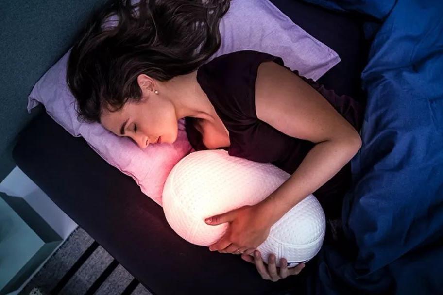 Το Somnox μπορεί να βοηθήσει όσους αντιμετωπίζουν προβλήματα με τον ύπνο τους