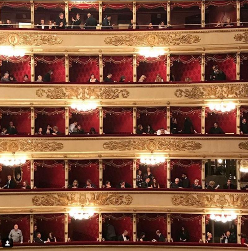 Η εντυπωσιακή Σκάλα του Μιλάνου, στην Ιταλία