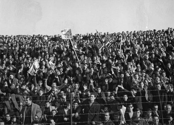 ΠΑΟΚ-Ολυμπιακός το 1968 με την Τούμπα φορτισμένη...