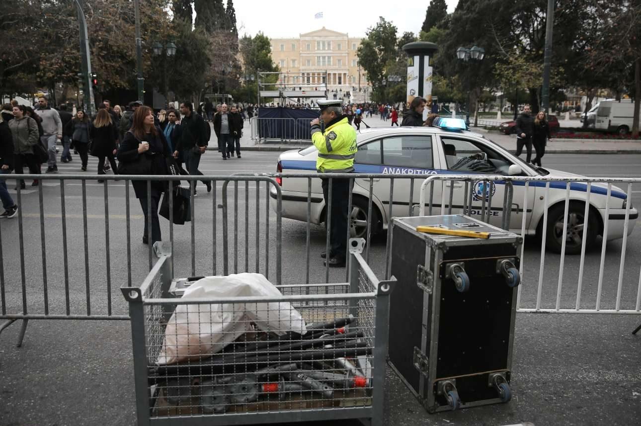 Η εξέδρα στην Αθήνα θα στηθεί στην αρχή της Ερμού, στο κάτω μέρος της πλατείας