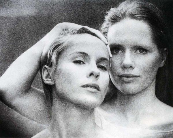 Η Μπίμπι Αντερσον (αριστερά) και η Μπίμπι Αντερσον στην ταινία Περσόνα, του 1966. Δύο από τις γυναίκες της ζωής του Ινγκμαρ (ingmarbergman.se)