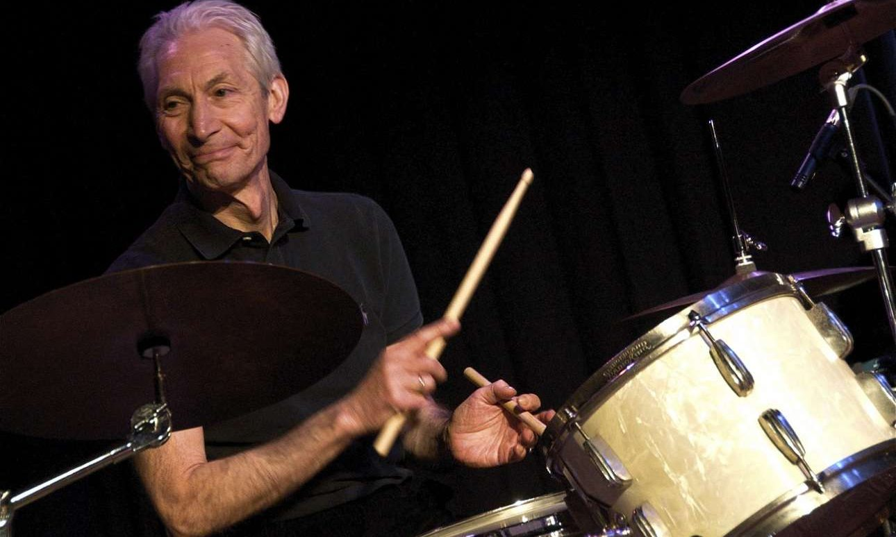 Charlie_Watts_on_drums_The_ABC_&_D_of_Boogie_Woogie_(2010)