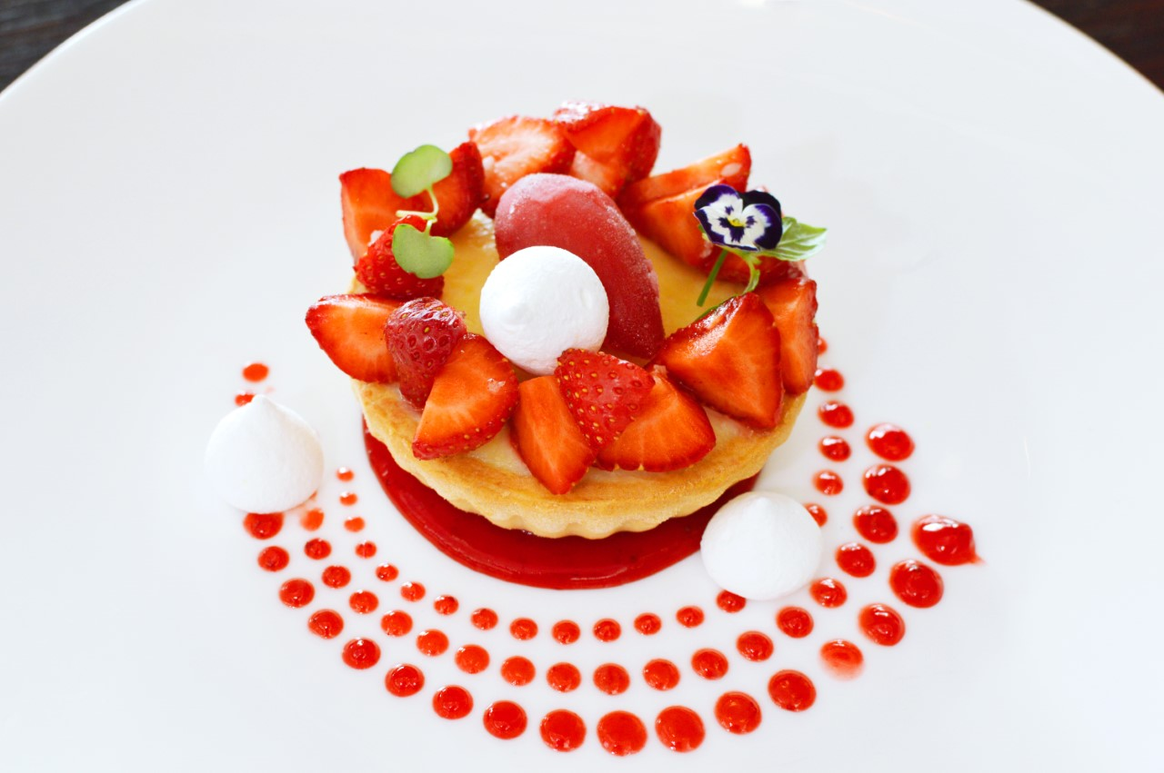 Hilton_Strawberry-Tart