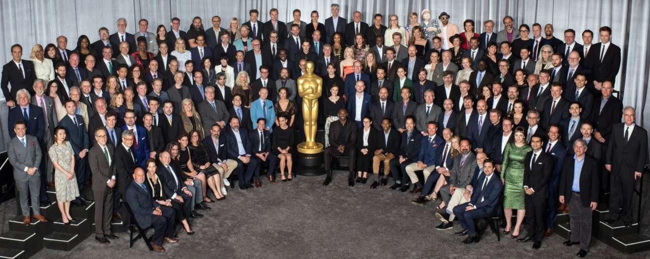 Η οικογενειακή φωτογραφία. Ολοι (ή, σχεδόν όλοι, αφού κάποιοι είχαν δουλειές), οι υποψήφιοι των 90ων Οσκαρ