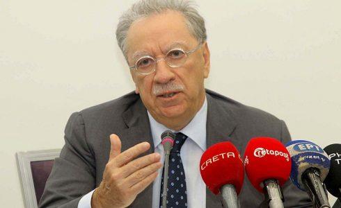 (Ξένη δημοσίευση)   Ο πρόεδρος της Lyktos Group Μιχάλης Σάλλας  και ο πρόεδρος  της Παγκρήτιας Νίκος  Μυρτάκης (δεν εικονίζεται) μιλούν κατά τη διάρκεια  συνέντευξης τύπου με αφορμή την είσοδο της Lyktos Participations A.E. ως στρατηγικού επενδυτή στην Παγκρήτια Συνεταιριστική Τράπεζα, την  Πέμπτη 18 Μαΐου 2017.  ΑΠΕ-ΜΠΕ/ΠΑΓΚΡΗΤΙΑ ΤΡΑΠΕΖΑ/STR