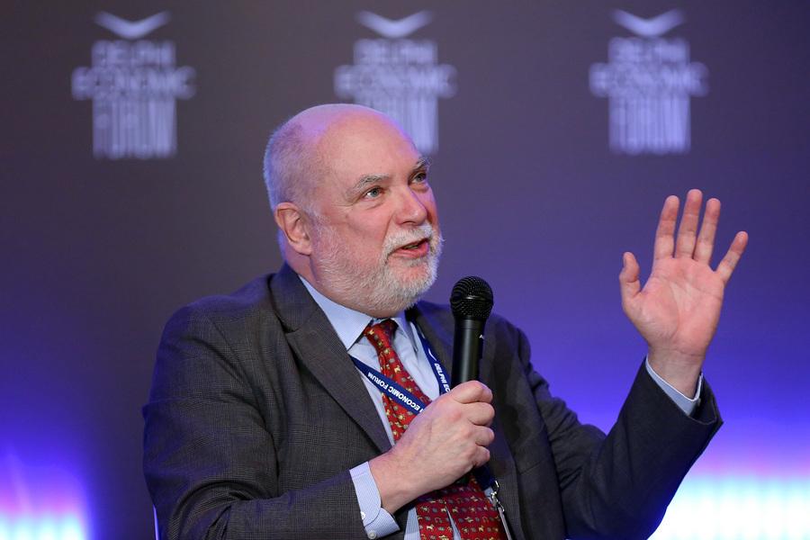Ο πρώην πρόεδρος του Euro Working Group, Thomas Wieser, σε συζήτηση με τον δημοσιογράφο της εφημερίδας Καθημερινή, Αλέξη Παπαχελά στο Οικονομικό Φόρουμ Δελφών που γίνεται στο Ευρωπαϊκό Πολιτιστικό Κέντρο Δελφών, Παρασκευή 2 Μαρτίου 2018. ΑΠΕ-ΜΠΕ/ΑΠΕ-ΜΠΕ/ΟΡΕΣΤΗΣ ΠΑΝΑΓΙΩΤΟΥ