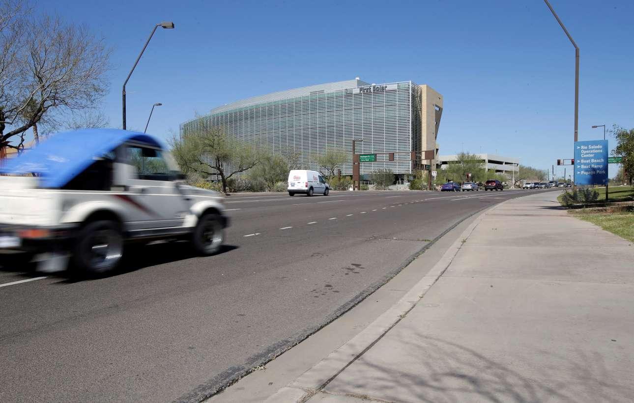 Αυτοκίνητο της Uber χωρίς οδηγό σκότωσε μία γυναίκα στην Αριζόνα