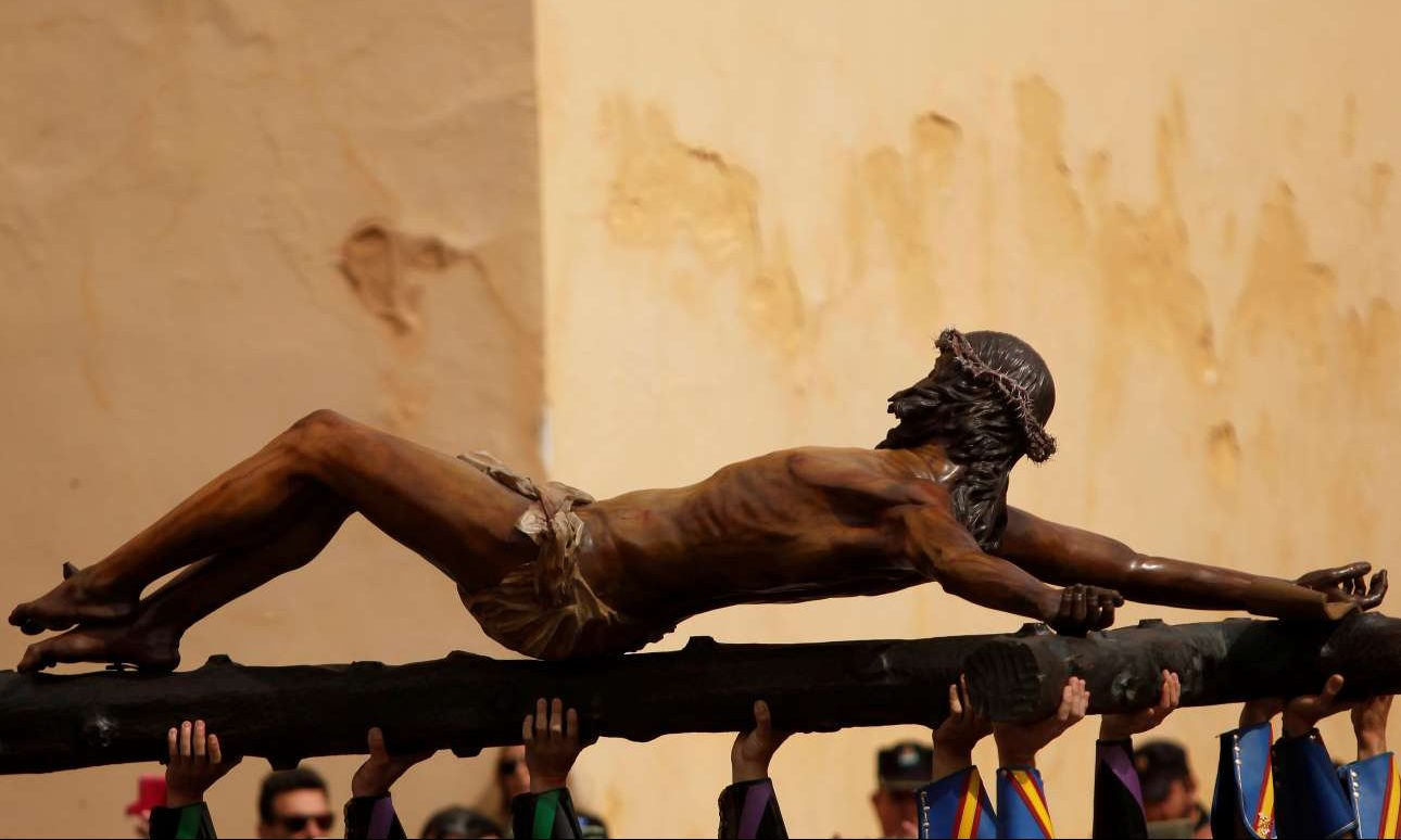 2018-03-29T132025Z_1649437403_RC126890FA80_RTRMADP_3_RELIGION-EASTER-SPAIN