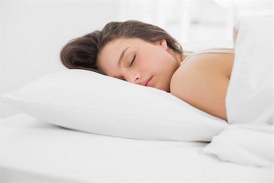 Μελέτη του 2015 είχε δείξει ότι οι γυναίκες που κερδίζουν μια επιπλέον ώρα νυχτερινού ύπνου έχουν κατά 14% μεγαλύτερη πιθανότητα να απολαύσουν μια νύχτα πάθους, συγκριτικά με όσες δεν κοιμούνται επαρκώς
