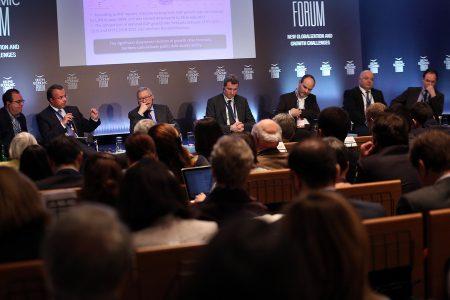 Ο επικεφαλής του ESM Klaus Regling συμμετέχει σε συζήτηση στο Οικονομικό Φόρουμ Δελφών που γίνεται στο Ευρωπαικό Πολιτιστικό Κέντρο  Δελφών, Κυριακή 4  Μαρτίου 2018. ΑΠΕ-ΜΠΕ/ΑΠΕ-ΜΠΕ/ΟΡΕΣΤΗΣ ΠΑΝΑΓΙΩΤΟΥ