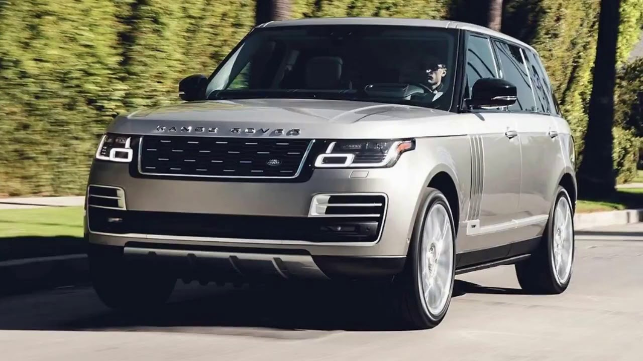 Range Rover SV Coupe: Η Land Rover και το τμήμα της Special Vehicle Operations παρουσιάζει το Range Rover SV Coupe των 999 μονάδων και των 270.000 ευρώ. Το εν λόγω βρετανικό δημιούργημα είναι, ουσιαστικά, η πρώτη κουπέ έκδοση του γνωστού μας Range Rover, το οποίο ξεχωρίζει από τις μαύρες πλαϊνές κολώνες που δείχνουν σαν να αιωρείται η οροφή, αλλά και με την απουσία πλαισίων στα πλαϊνά τζάμια που τονίζουν τον χαρακτηρισμό «κουπέ». Τεχνικά, η στάνταρ αερανάρτηση είναι πιο χαμηλή κατά 8 χλστ. σε σχέση με αυτή του «απλού» Range Rover, ενώ διαθέσιμες είναι και τεράστιες ζάντες για τους τροχούς από 21 έως 23 ίντσες (για πρώτη φορά 23 ίντσες σε Range Rover). Ο κινητήρας του είναι μια αναβαθμισμένη εκδοχή του υπερτροφοδοτούμενου 5λιτρου V8 μοτέρ της Land Rover, ο οποίος πλέον αποδίδει 565 ίππους, όντας και ο ισχυρότερος που έχει μπει ποτέ σε Range Rover. Η βρετανική φίρμα ανακοινώνει ότι για το 0-60 μίλια/ώρα απαιτούνται κάτω από 5 δευτερόλεπτα, με την τελική ταχύτητα να αγγίζει τα 265 χλμ./ώρα.