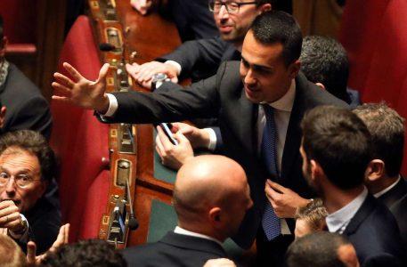 2018-03-24T120800Z_753554_RC1BE3F0C530_RTRMADP_3_ITALY-POLITICS-PARLIAMENT