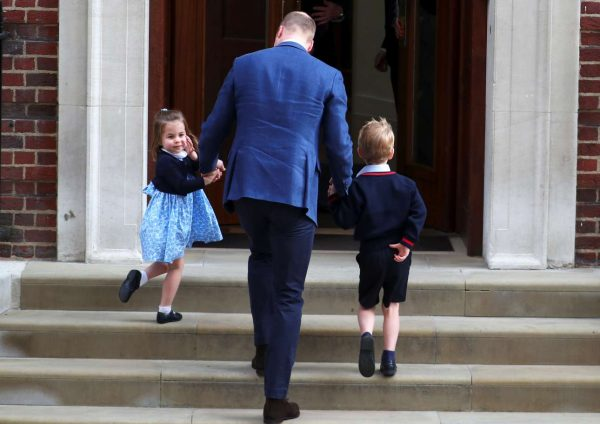 2018-04-23T155708Z_679346778_RC1DA7433500_RTRMADP_3_BRITAIN-ROYALS-BABY