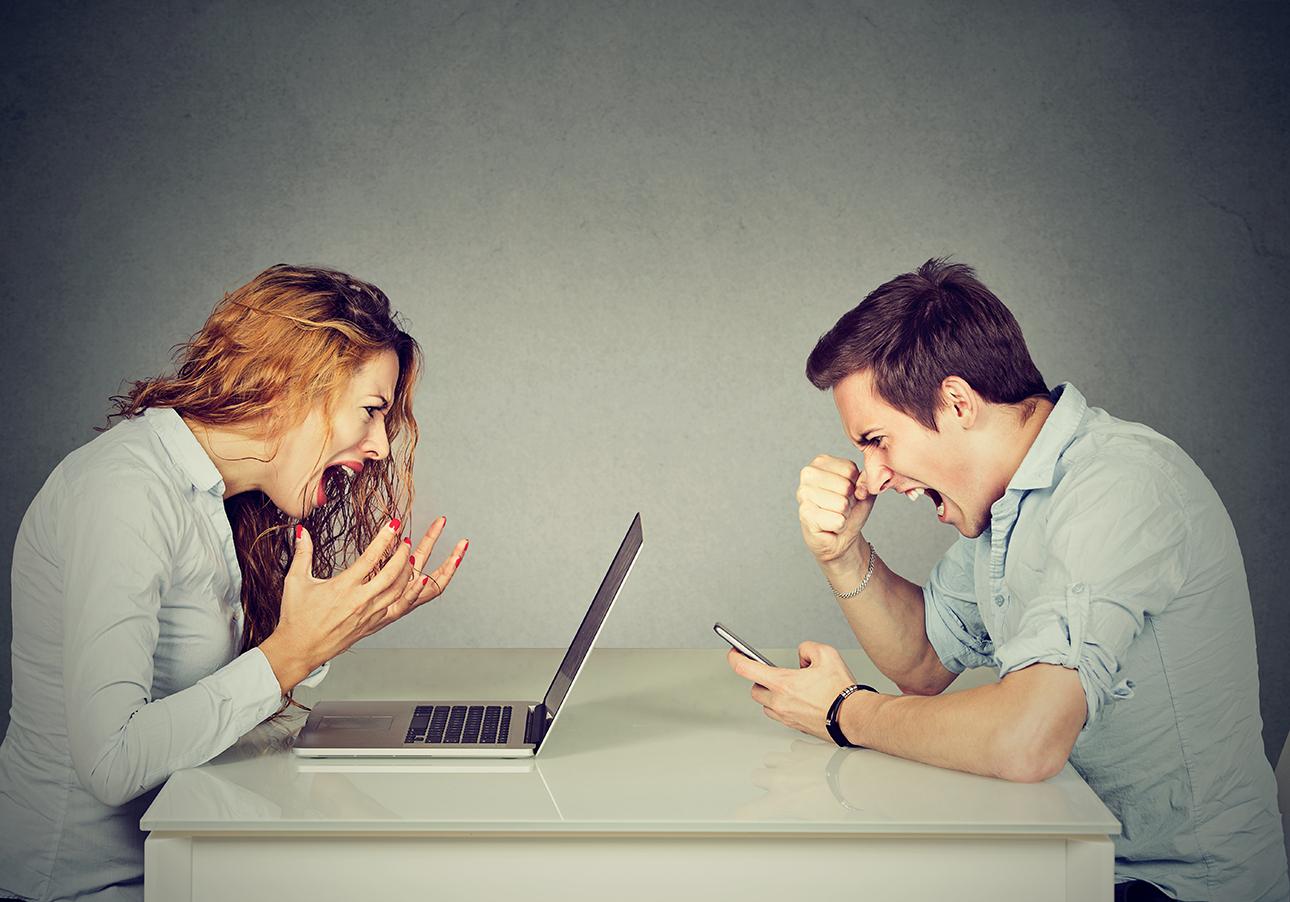 Argument, fight-web-social_631391171-sm