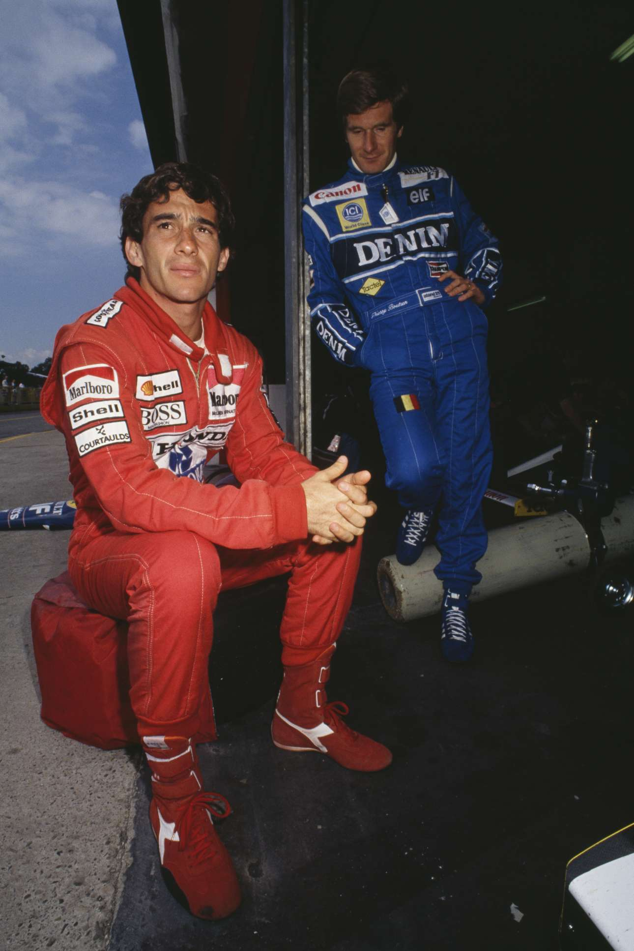 Ιανουάριος 1990. Ο Σένα με τον βέλγο οδηγό Τιερί Μπουτσέν σε δοκιμαστικά στην Ιμολα, εκεί όπου ο σπουδαίος Βραζιλιάνος θα έβρισκε τραγικό θάνατο τέσσερα χρόνια αργότερα