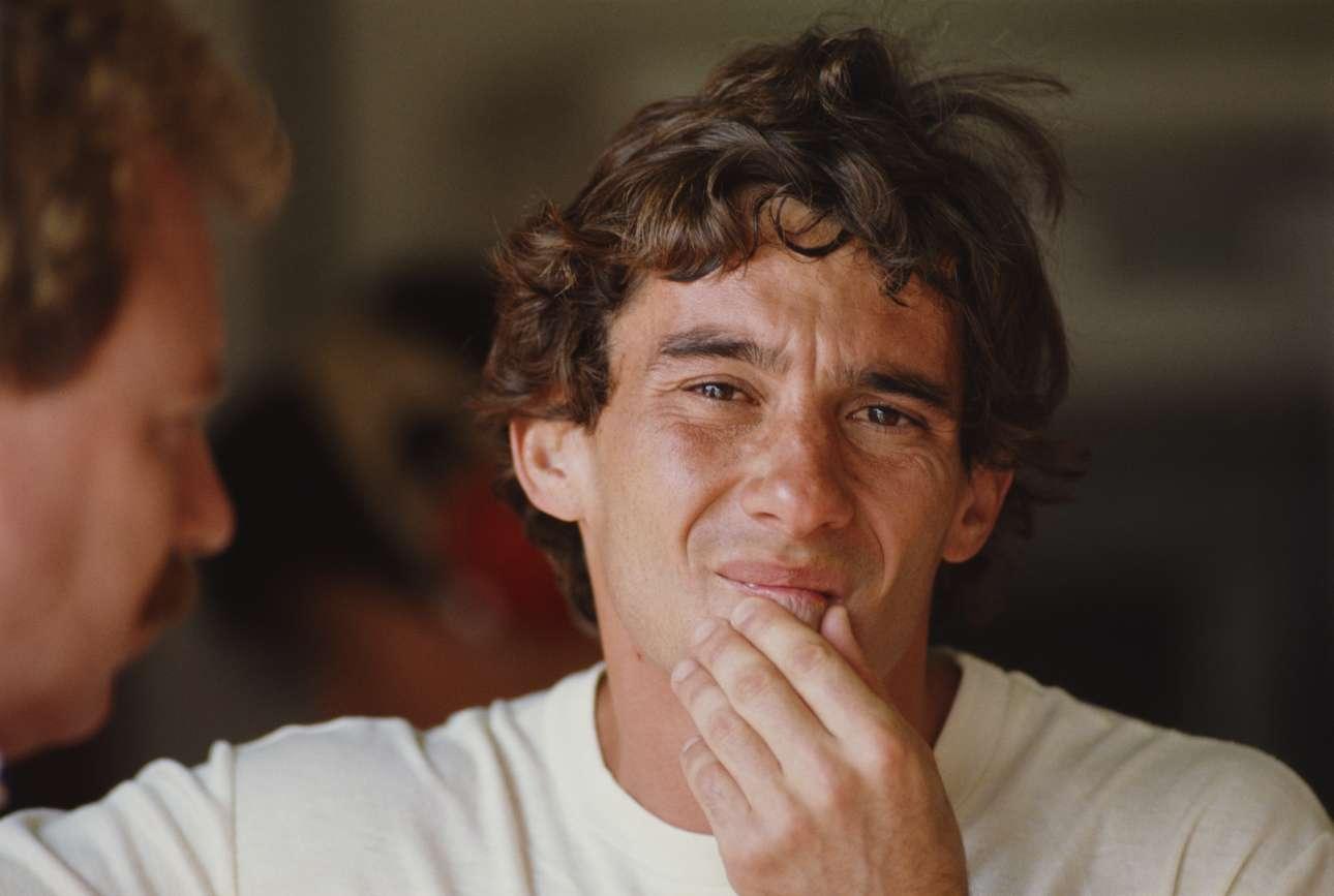 O Αϊρτον Σένα τον Φεβρουάριο του 1990, σε δοκιμαστικούς αγώνες. Εκείνη τη χρονιά ο Βραζιλιάνος κέρδισε έξι γκραν πρι – και το πρωτάθλημα