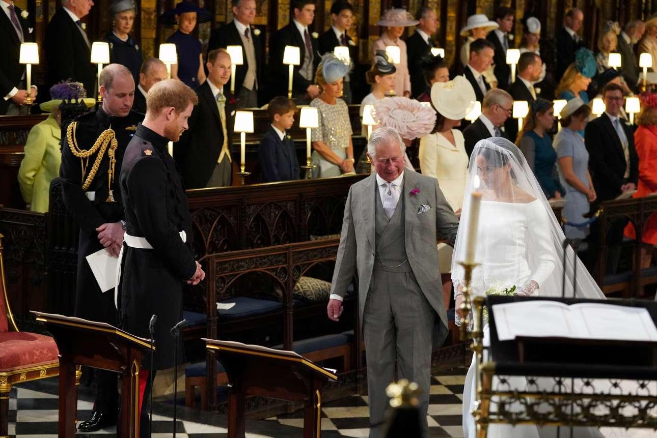 Ο πρίγκιπας Κάρολος παραδίδει την νύφη στον γαμπρό