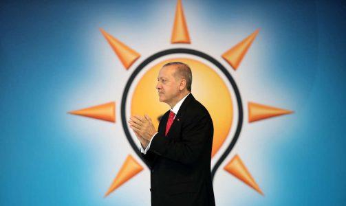 2018-05-24T135137Z_1072028403_RC11DC792520_RTRMADP_3_TURKEY-ELECTION