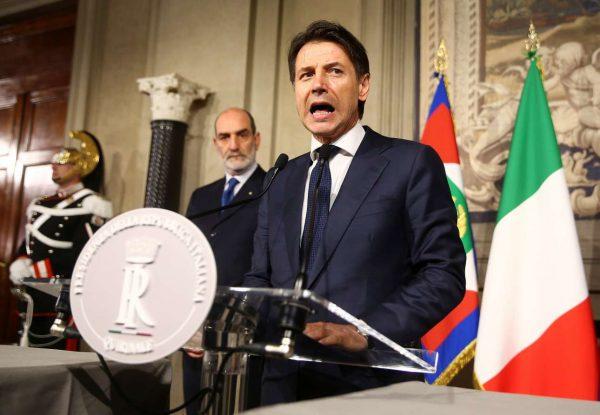 2018-05-27T183217Z_1581603612_RC1843A12B50_RTRMADP_3_ITALY-POLITICS