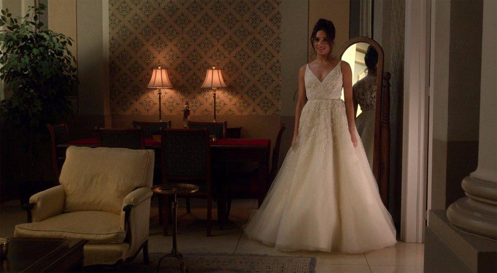 e27c9c3ae6cf H Μέγκαν Μαρκλ ως Ρέιτσελ Ζέιν και το νυφικό που διάλεξε για τον τηλεοπτικό  της γάμο