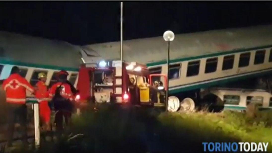skynews-italy-train_4318631