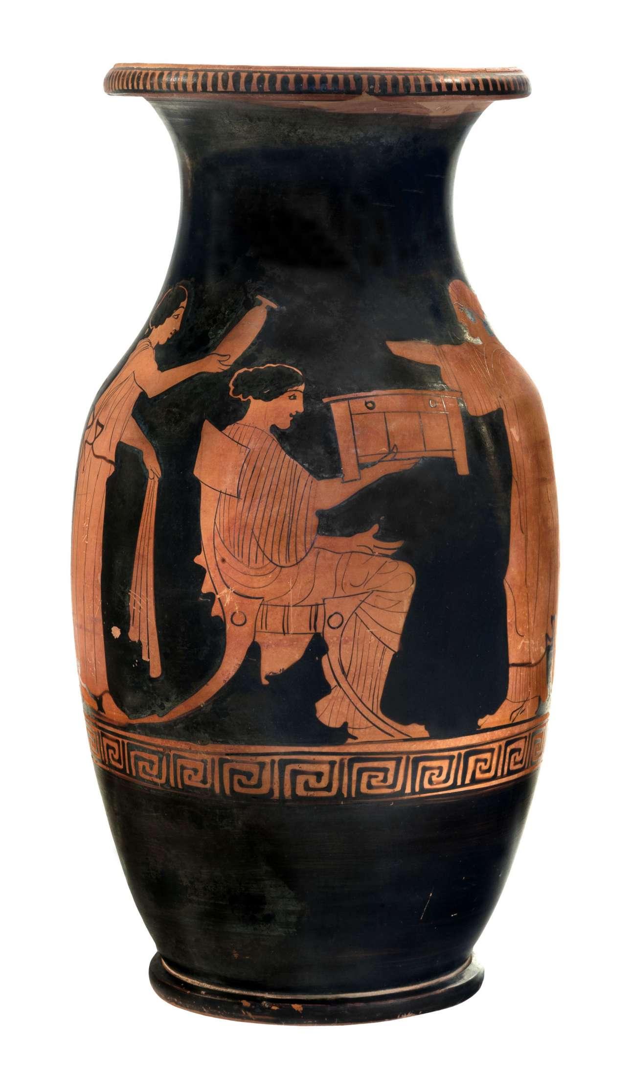 Ερυθρόμορφη όλπη από το Μόδι Λοκρίδας (περ. 440 π.Χ.) (© ΕΑΜ/ΤΑΠ. Φωτ. Σ. Μαυρομμάτης)