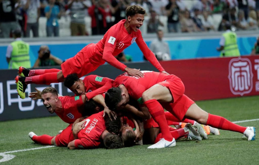 2018-06-18T202650Z_171802652_RC1E363BC860_RTRMADP_3_SOCCER-WORLDCUP-TUN-ENG