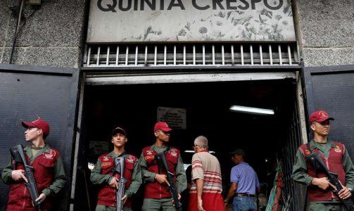 2018-06-20T171201Z_1246617435_RC1E8A500AB0_RTRMADP_3_VENEZUELA-ECONOMY