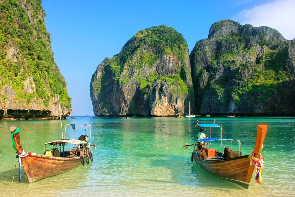 Paradise lagoon on Phi Phi Island