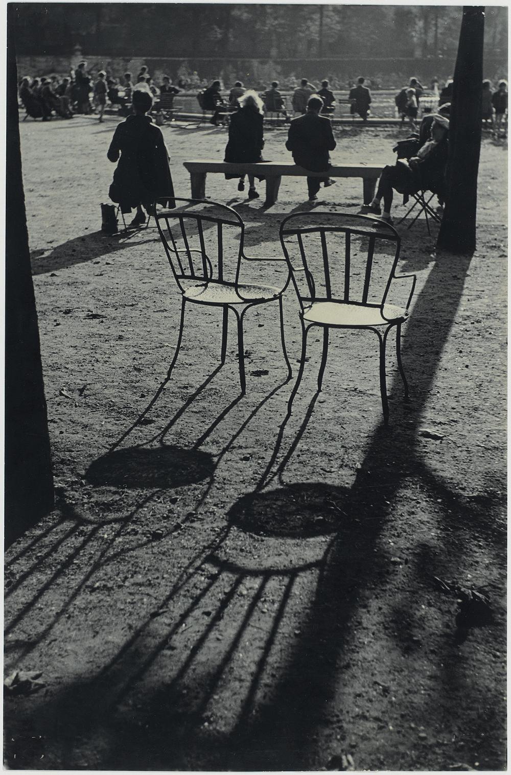 Ο ειδυλλιακός Κήπος του Λουξεμβούργου στο Παρίσι, το 1952