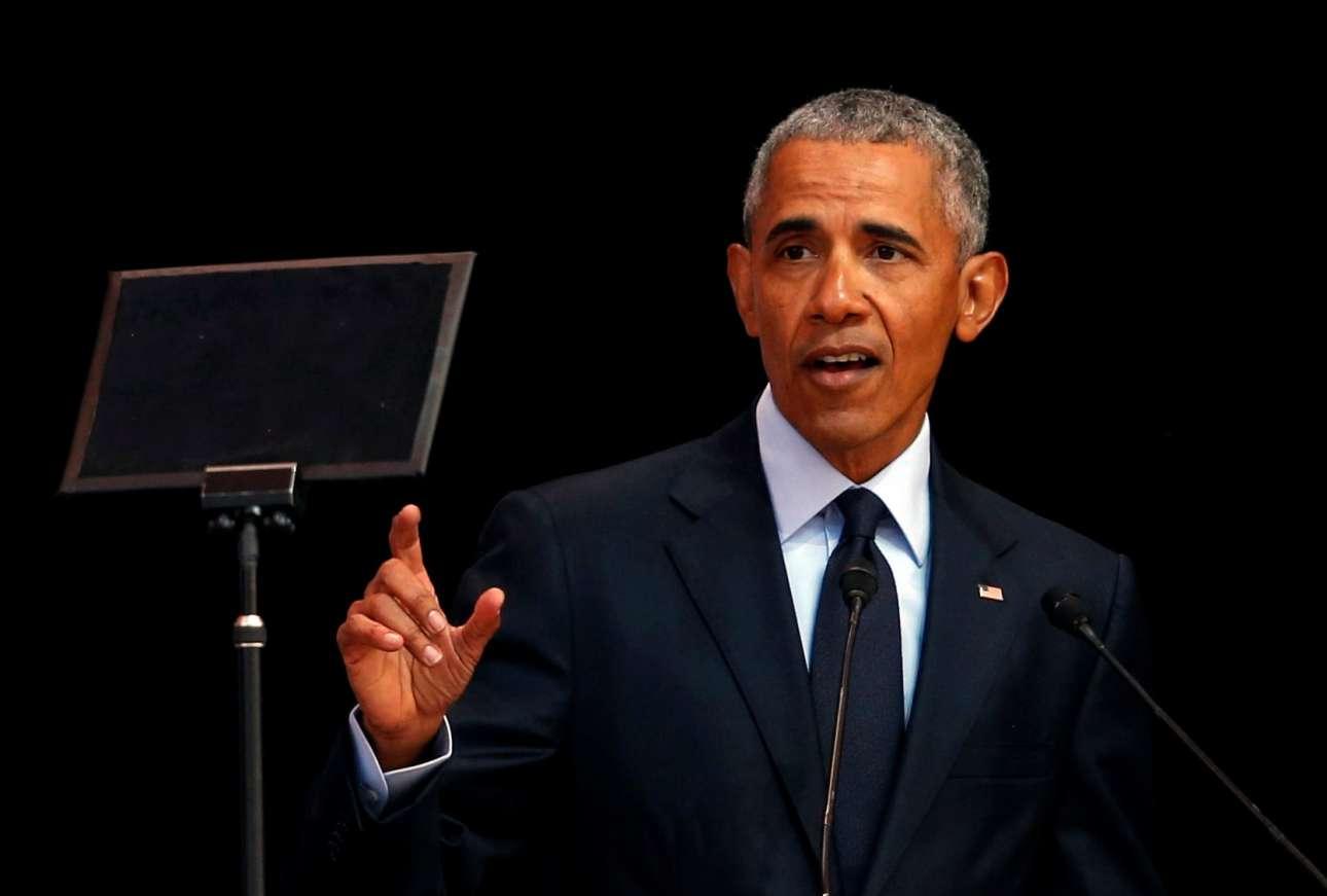 Ο Μπαράκ Ομπάμα κατά την ίδια ομιλία (REUTERS/Siphiwe Sibeko)