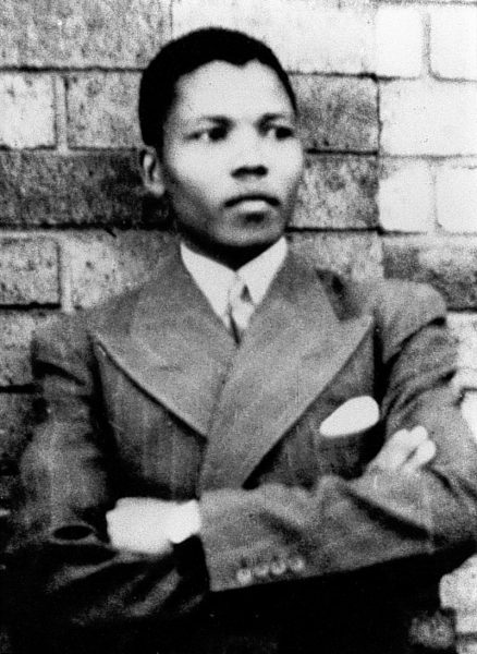 800px-Young_Mandela