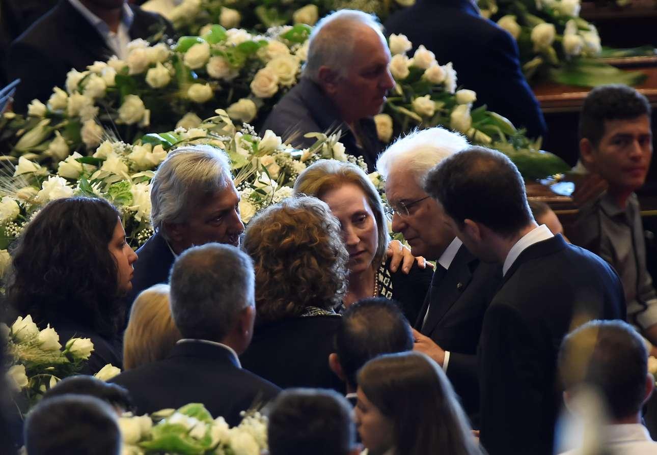 Οι συγγενείς -αλλά και όλη η ιταλική κοινωνία- αναζητούν απαντήσεις
