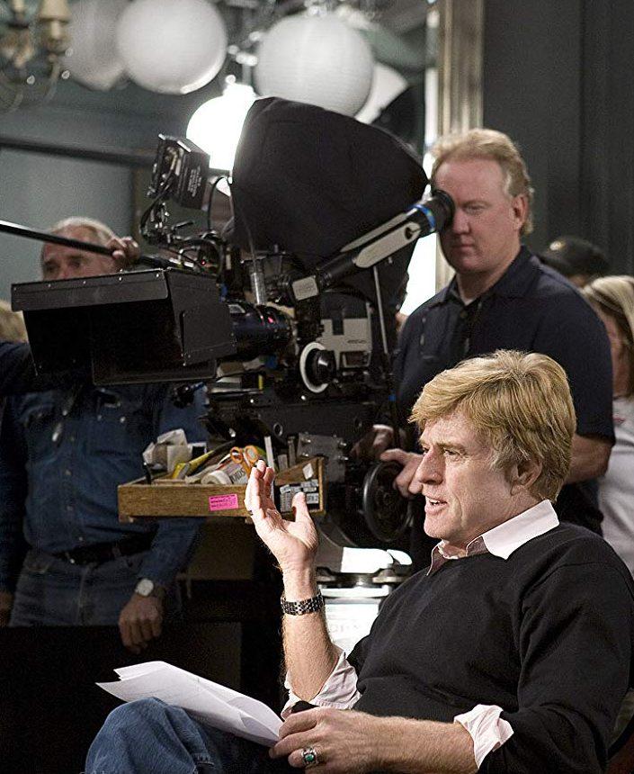)Σκηνοθετώντας το «Λέοντες αντί αμνών» (Lions for Lambs, 2007), ένα ακόμη πολιτικό δράμα στο οποίο μάλιστα κράτησε έναν ρόλο για τον εαυτό του