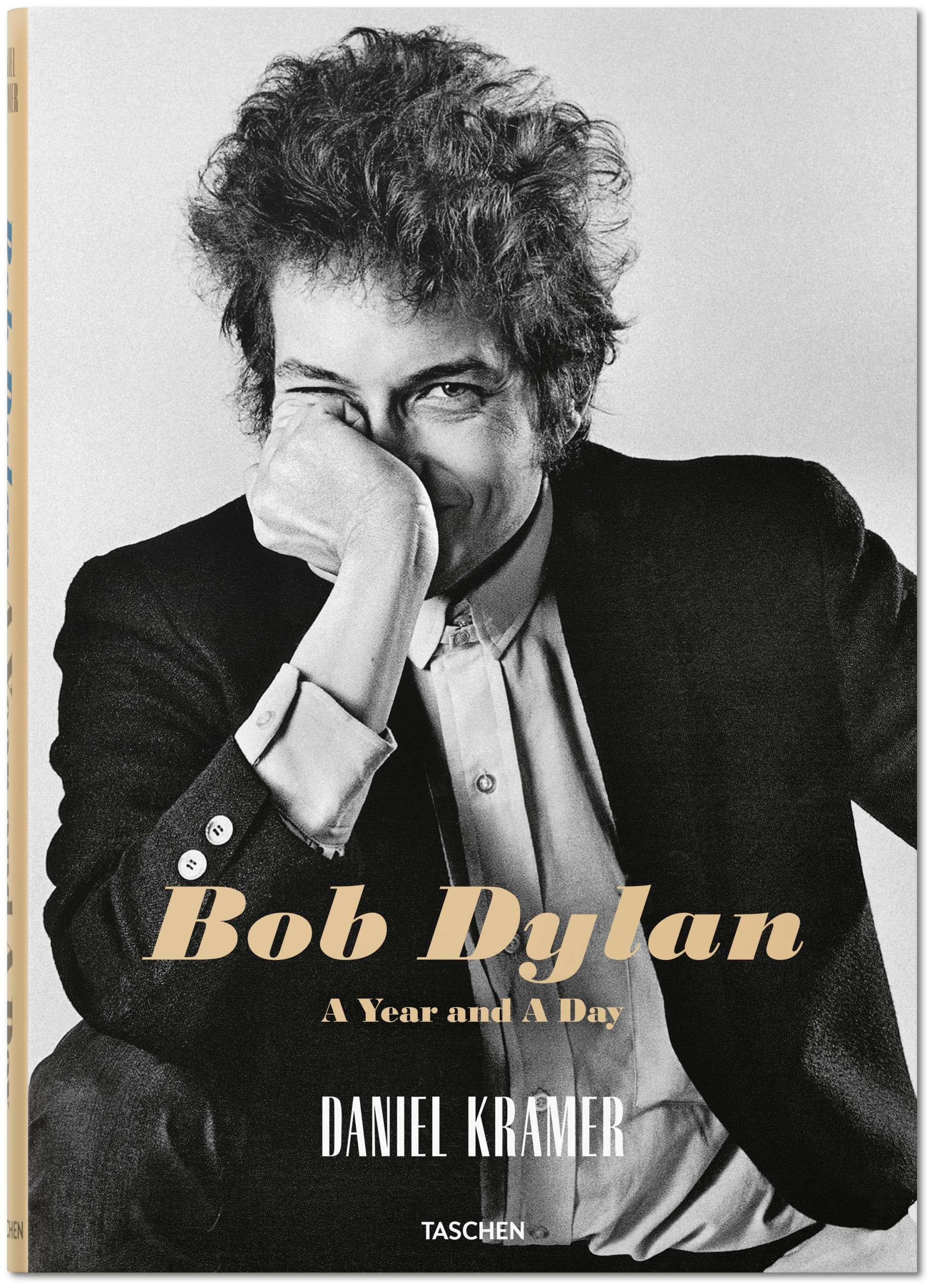 Το εξώφυλλο του βιβλίου «Bob Dylan. A year and a Day» που κυκλοφορεί από τις εκδόσεις Taschen