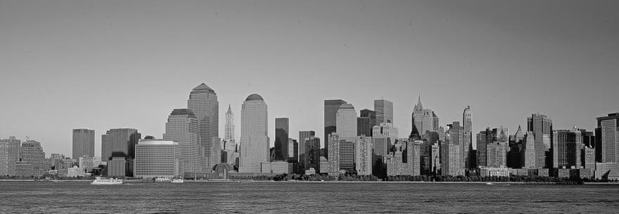 2002: Η τρομοκρατική επίθεση της 11ης Σεπτεμβρίου «τρύπησε» τον ορίζοντα του Μανχάταν. Οι Δίδυμοι Πύργοι δεν υπάρχουν πια