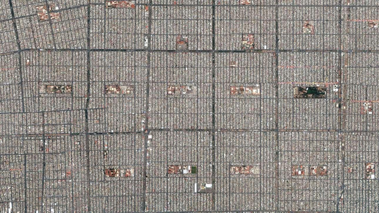 Μητροπολιτική Πόλη του Μεξικού: ασφυκτική δόμηση και τετραγωνισμός των πάντων
