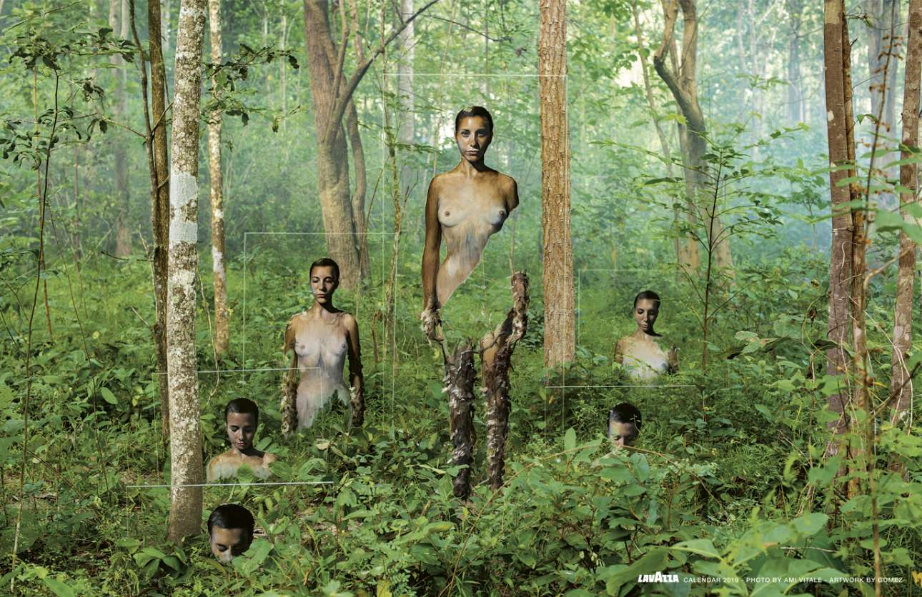 Στο δάσος της Ταϊλάνδης, μία περήφανη γυναίκα απεικονίζεται σε έξι φύλλα από πλέξιγκλας, πλήρως εναρμονισμένη με τα δέντρα και το φύλλωμά τους