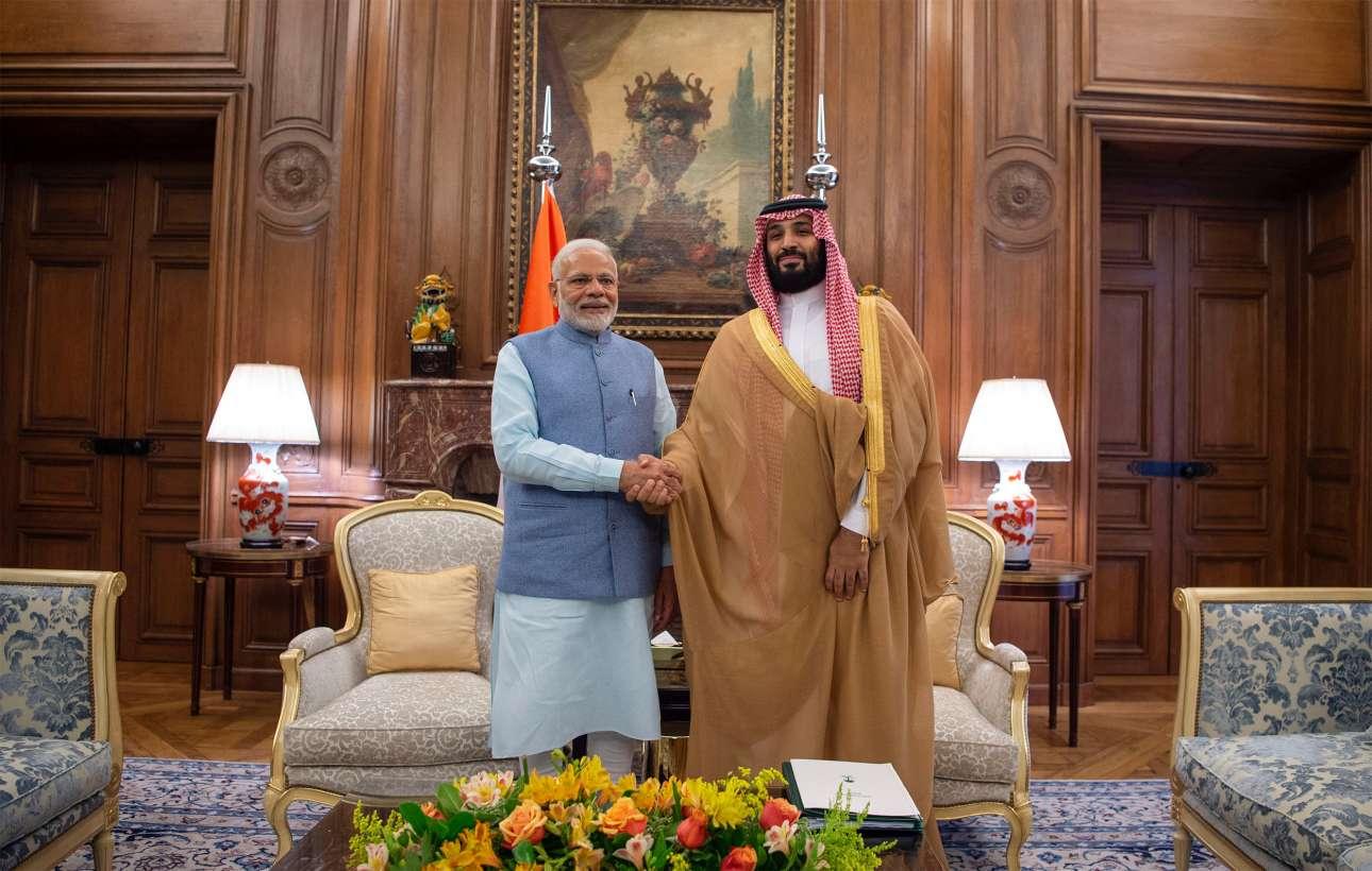 Ενα από τα πλέον αμφιλεγόμενα πρόσωπα των τελευταίων μηνών, ο πρίγκιπας διάδοχος της Σαουδικής Αραβίας Μοχάμεντ μπιν Σαλμάν συναντήθηκε στο Μπουένος Αϊρες με τον πρωθυπουργό της Ινδίας Ναρέντρα Μόντι
