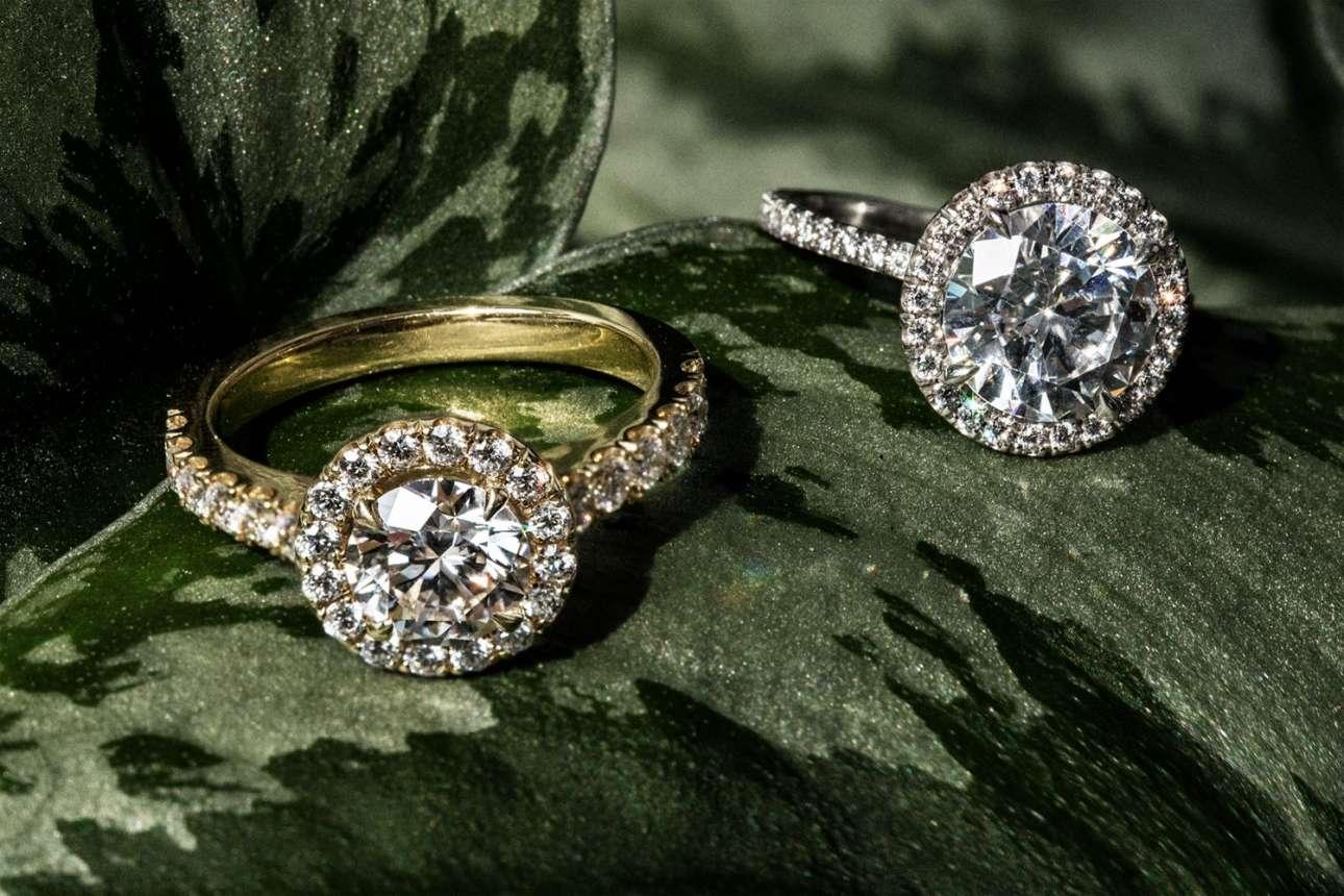 Το Diamond Foundry έχει αναπτύξει ένα σύστημα για να φτιάχνει διαμάντια πολύ καλής ποιότητας μέσα σε εργαστήριο, χρησιμοποιώντας πολύ λιγότερη ενέργεια από οποιαδήποτε άλλη μέθοδο εξόρυξης και σε οικονομική τιμή