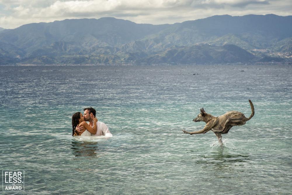Και ένας άλλος που θα περπατούσε ακόμα και πάνω σε νερό προκειμένου να μην αποχωριστεί τους αγαπημένους του ιδιοκτήτες