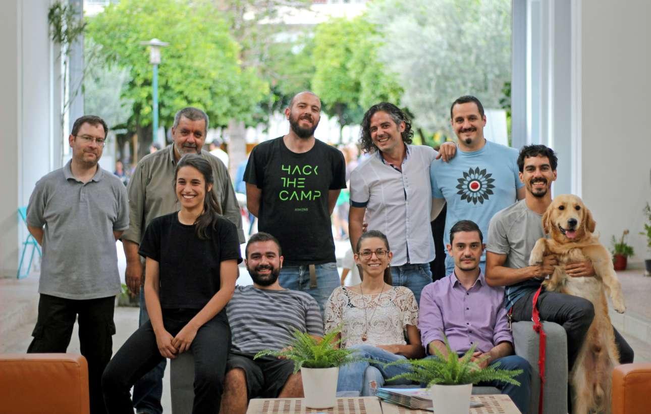 Πλατιά χαμογέλα και άνθρωποι με όραμα και δημιουργικότητα ενώνουν τις δυνάμεις τους στη Φωκίωνος Νέγρη, όπου νέες επιχειρήσεις σηματοδοτούν τη δυναμική επαναλειτουργία της ιστορικής Δημοτικής Αγοράς Κυψέλης