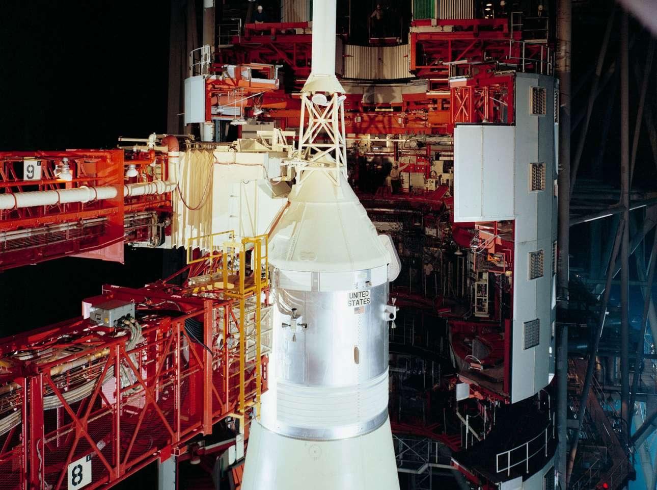 20 Δεκεμβρίου 1968. Το Saturn 503 / Apollo 8 στην πλατφόρμα 39A, μία μέρα πριν από την εκτόξευση