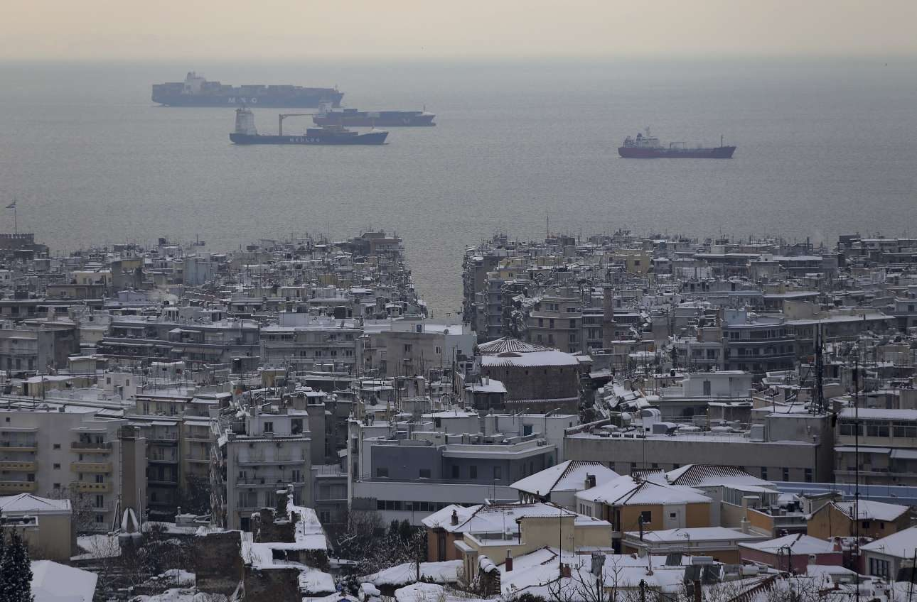 Άλλη μια όψη της Θεσσαλονίκης με τη Ροτόντα στο κέντρο