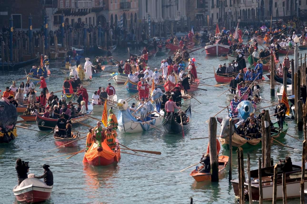 17 Φεβρουαρίου: Κανάλε Γκράντε ίσον Βενετία - και ο κόσμος ξεκινάει πάντα από εδώ τη συμμετοχή του στη λαμπρή γιορτή