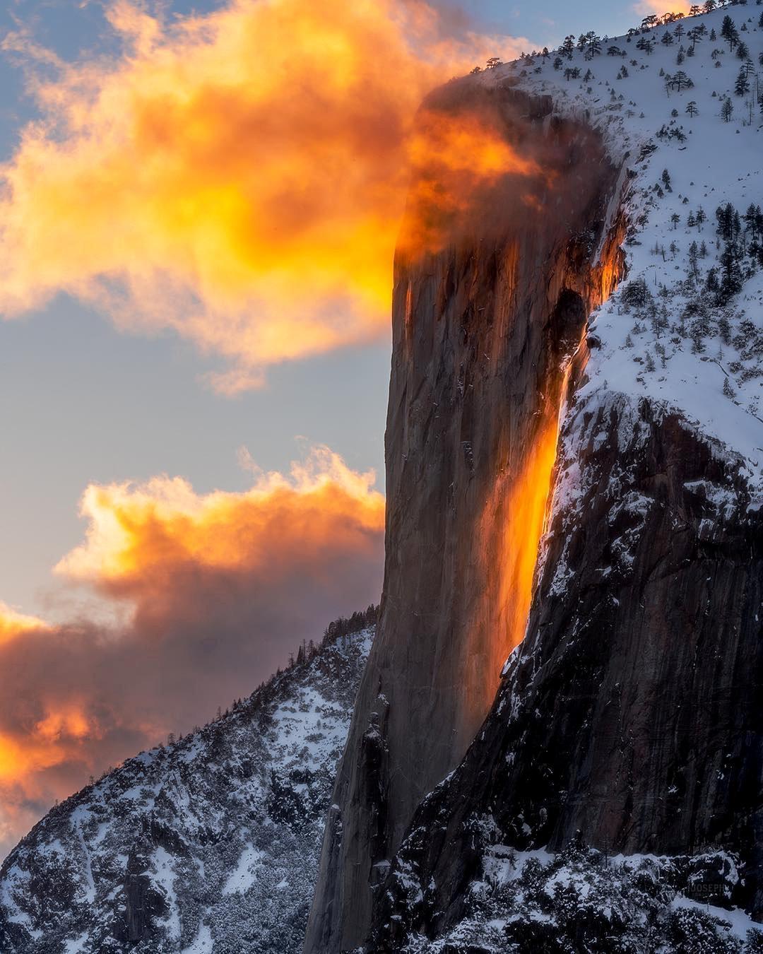 Παρασκευή, 22 Φεβρουαρίου, ΗΠΑ. Εντυπωσιακό ηλιοβασίλεμα στο Πάρκο Γιόσεμιτ, στην Καλιφόρνια