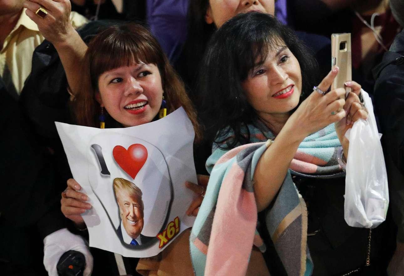 Μία Βιετναμέζα μάς ενημερώνει ότι αγαπάει πολύ τον Τραμπ...