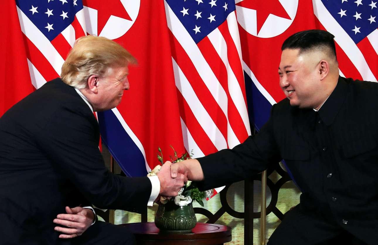 Και τελικά οι δύο ηγέτες συναντήθηκαν. Και μάλιστα έδωσαν μία θερμή χειραψία. Για τα μάτια του Κόσμου; Θα δείξει...