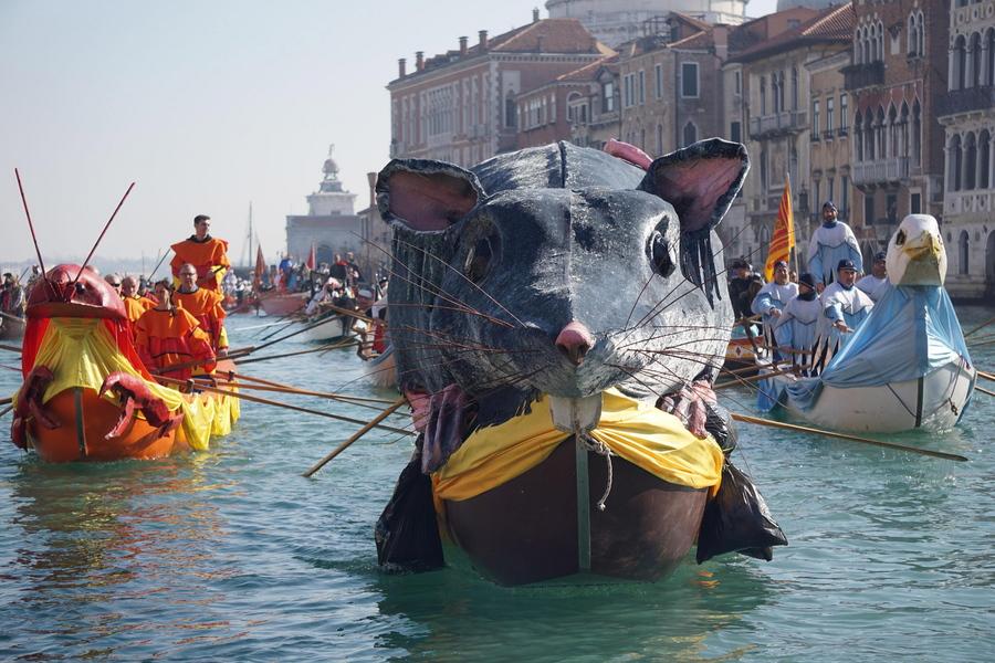 17 Φεβρουαρίου: το Μεγάλο Ποντίκι δεν γίνεται να λείπει από το καρναβάλι, αφού και τα τρωκτικά δεν λείπουν από τη Βενετία