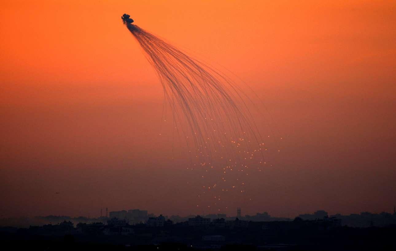 Ισραηλινές δυνάμεις βάλουν κατά της Λωρίδας της Γάζας στις 10 Ιανουαρίου 2009